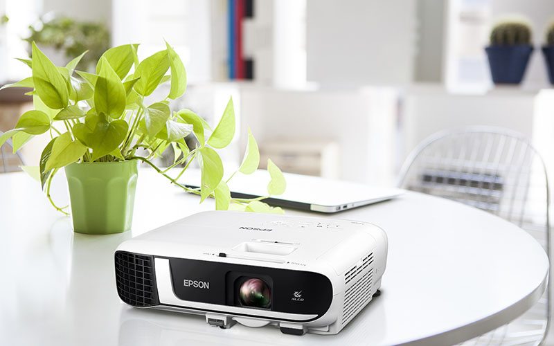 Epson EB-FH52 Full HD Business Data Projector (Built-In Wireless) Review , Buy Online